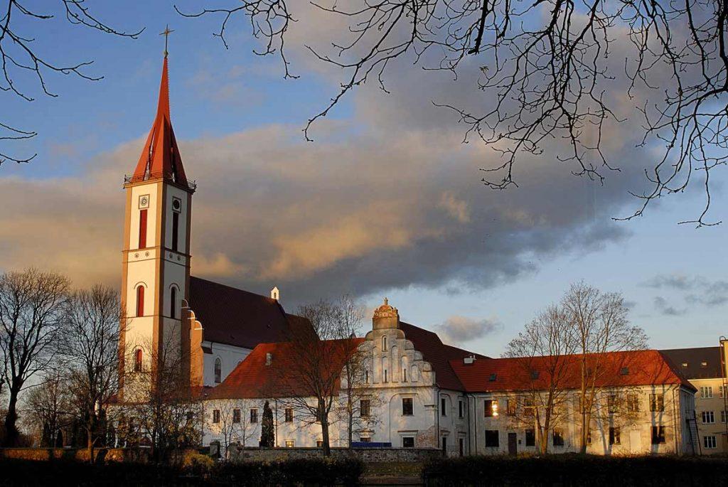 Kretingos bažnyčia