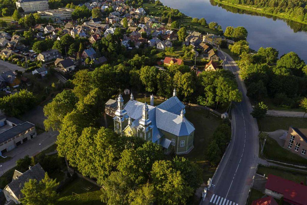 Prienų bažnyčia iš oro