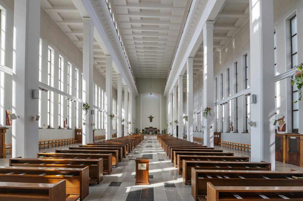 Kauno prisikėlimo bažnyčio interjeras